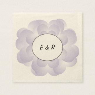 Lavande de mariage de fleur de coeur serviette en papier