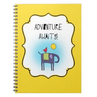 L'aventure attend lunatique carnet