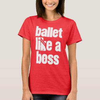 Le ballet aiment un T-shirt rouge-foncé de femmes