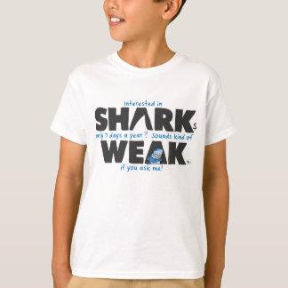 Le blanc faible de requin badine le T-shirt