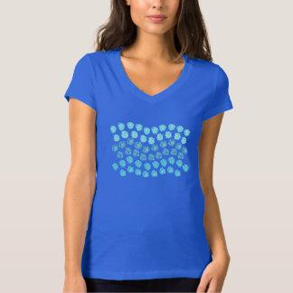 Le bleu ondule le T-shirt de V-Cou du Jersey des