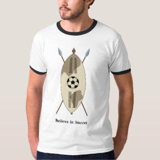Le bouclier de zoulou, croient au football tshirts