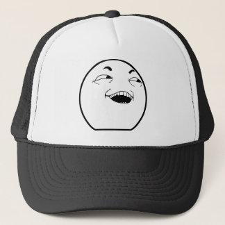 Le casquette riant d'homme