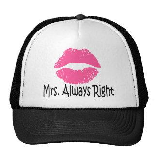 Le chapeau assorti de couples drôles, a placé Mme Casquettes