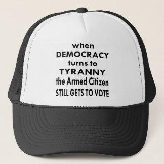 Le citoyen armé obtient toujours de voter casquette