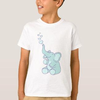 Le coeur mignon bouillonne T-shirt bleu de filles