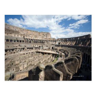 Le Colosseum est situé à Rome, Italie. Son Carte Postale