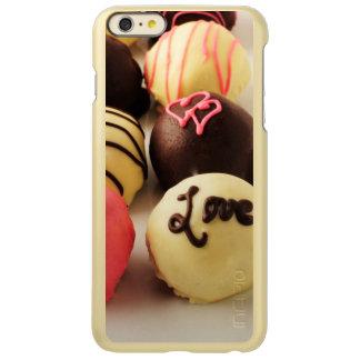 Le gâteau mord l'amour
