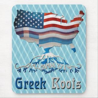 Le Grec américain enracine le tapis de souris