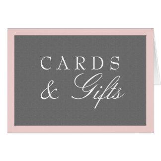 Le gris et rougissent les cartes roses et épouser