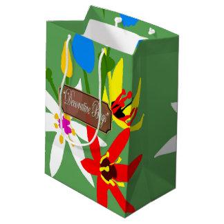 Le jardin fleurit les sacs verts moyens de cadeau