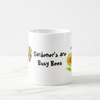 Le jardinier sont des fourmis mug