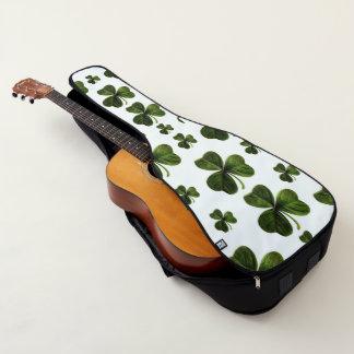 Le jour de Patrick de saint de sac de guitare