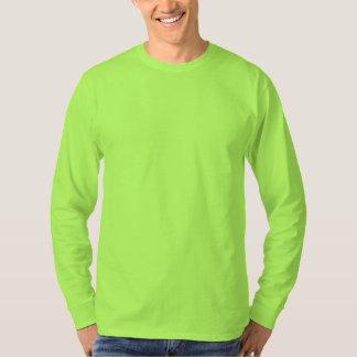 Le long modèle du T-shirt do-it-yourself de