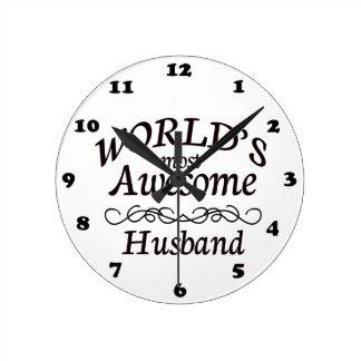 Le mari le plus impressionnant du monde horloge ronde