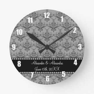 Le mariage favorise la damassé grise horloge ronde
