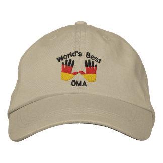 Le meilleur OMA du monde a brodé le casquette