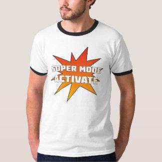 Le mode superbe activent le T-shirt (orange)