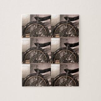 Le modèle graphique de deco d'art de bicyclette de puzzle