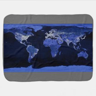 Le monde la nuit - carte, l'espace couvertures de bébé