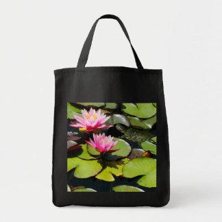 Le nénuphar de tortue de glisseur fleurit la faune sac en toile épicerie