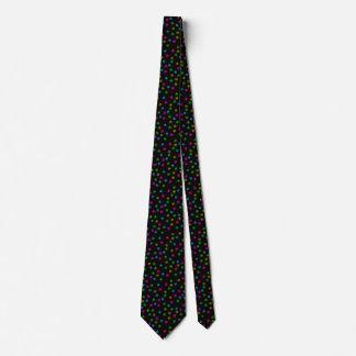 Le noir de cravate de Desiigner avec les globes