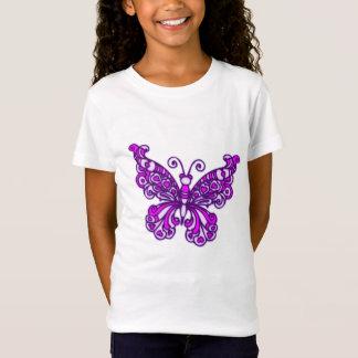 Le papillon stylisé pourpre badine le T-shirt