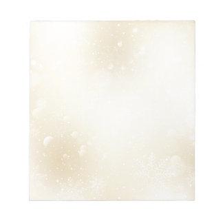 Le pays des merveilles chaud d'or d'hiver avec des blocs notes