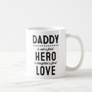 Le premier héros d'un fils, première tasse du