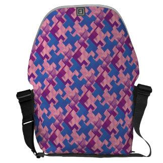 Le puzzle rapièce le sac messenger bleu et pourpre besace