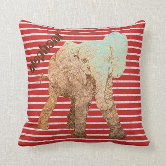Le rouge barre l'éléphant de bébé coussin décoratif