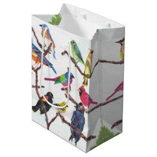 Le sac moyen de cadeau d'oiseaux chanteurs colorés