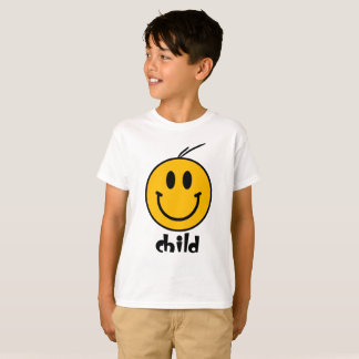 Le smiley badine le T-shirt de couples de famille