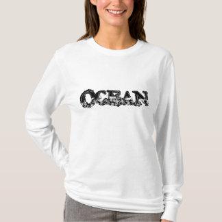 Le sweat - shirt à capuche des femmes d'OCÉAN