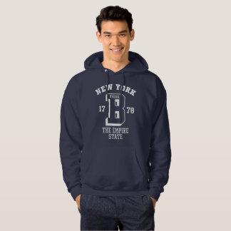 Le sweatshirt à capuchon de base des hommes de New