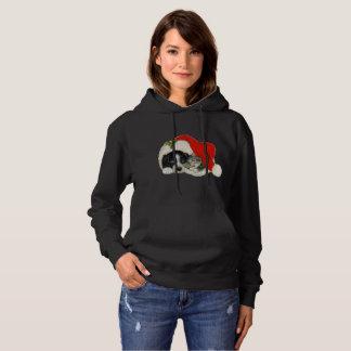 Le sweatshirt à capuchon des belles femmes