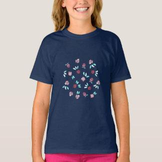 Le T-shirt de filles de fleurs de trèfle