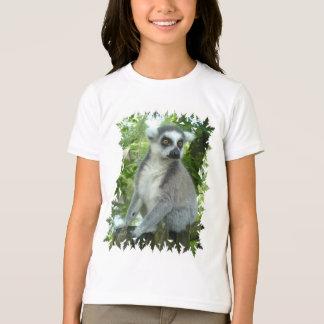 Le T-shirt de la fille de lémur du Madagascar