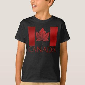 Le T-shirt de l'enfant de feuille d'érable de