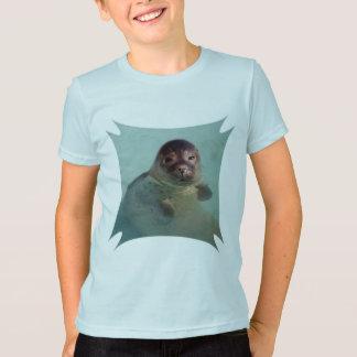 Le T-shirt de l'enfant de joint de port