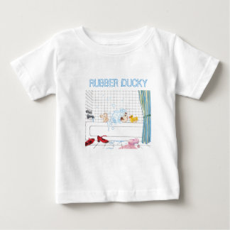 Le T-shirt de l'enfant mignon en caoutchouc