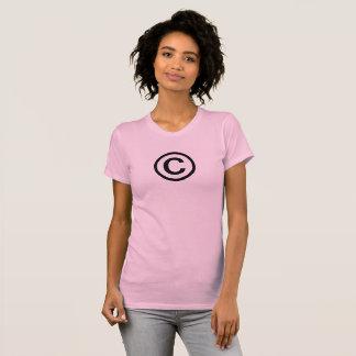 Le T-shirt des femmes de symbole de Copyright