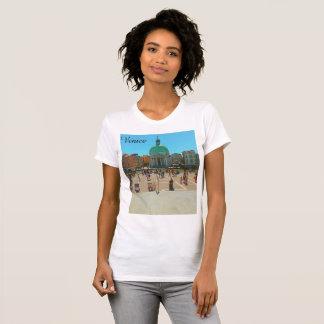 Le T-shirt des femmes de Venise