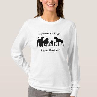 Le T-shirt des femmes de wilhouette de noir de