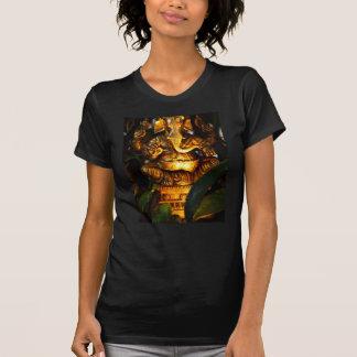 Le T-shirt des femmes indoues d'un dieu