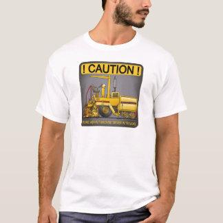 Le T-shirt des futurs d'asphalte de pavage de