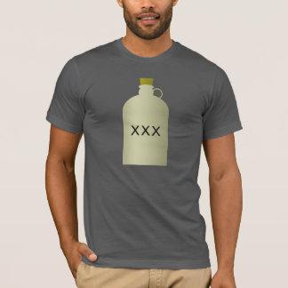 Le T-shirt des hommes de cruche d'alcool illégal