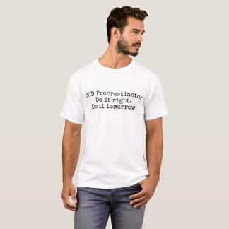 Le T-shirt des hommes de Procrastinator d'OCD