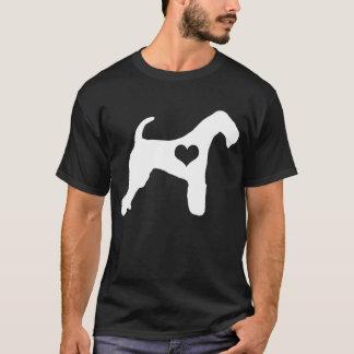 Le T-shirt des hommes foncés de coeur d'Airedale