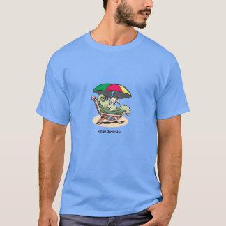 Le T-shirt des hommes retirés de tortue